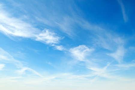 Photo pour white fluffy clouds in the blue sky                                     - image libre de droit
