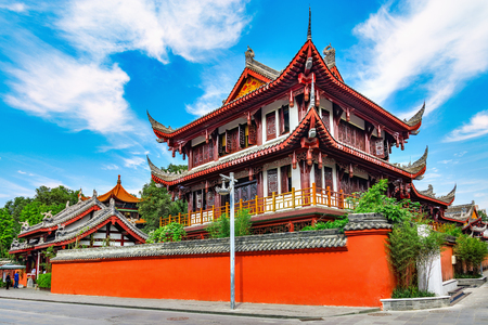 Photo pour Exterior of Wenshu monastery at sunny day time. Chengdu. China. - image libre de droit
