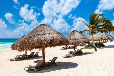 Photo pour Beautiful Caribbean coast in Tulum Mexico - image libre de droit