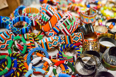 Photo pour Colorful traditional jewelry of Masai tribe - image libre de droit