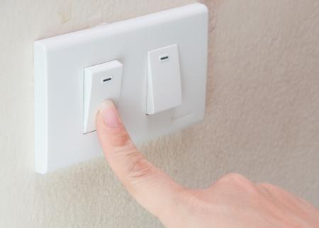 Photo pour finger Switch off  - image libre de droit