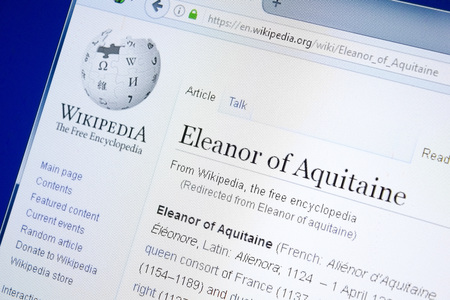 Photo pour Ryazan, Russia - August 28, 2018: Wikipedia page about Eleanor of Aquitaine on the display of PC - image libre de droit