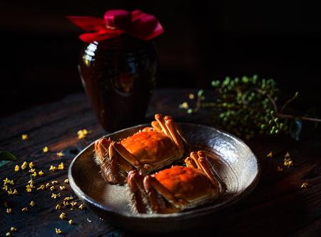 Foto de Delicious crabs on the plate - Imagen libre de derechos