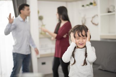 Photo pour The girl was crying because parents quarrel - image libre de droit