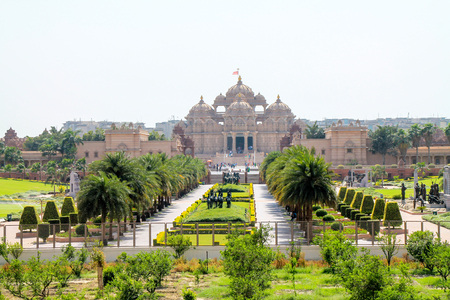 Foto de Outside view of Akshardham Palace, Delhi. - Imagen libre de derechos