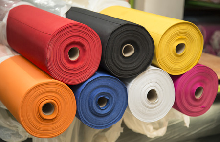 Photo pour Colorful material fabric rolls - texture samples - image libre de droit
