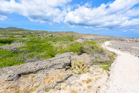 Foto de Shete Boka National park - Amazing landscape scenery around the small Caribbean island of Curacao in the ABC islands - Crashing waves at the beach and the beautiful coastline - Imagen libre de derechos