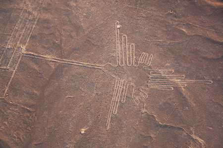 Photo pour Aerial view of Nazca line,Hummingbird,Peru,south America - image libre de droit