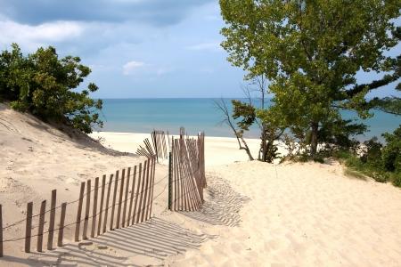 Foto de Indiana sand dunes on Lake Michigan - Imagen libre de derechos