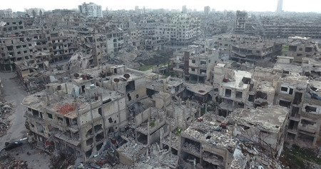 Photo pour A flight of a drone over Homs in Syria 03/04/2017 - Homs - Syria - image libre de droit