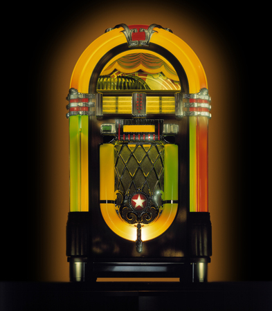 Photo pour Jukebox in Studio against black background - image libre de droit