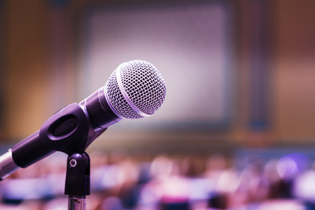 Photo pour Close up old microphone in conference room - image libre de droit