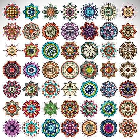 Ilustración de Vector Mandala. Round ornament in ethnic style. Hand draw - Imagen libre de derechos