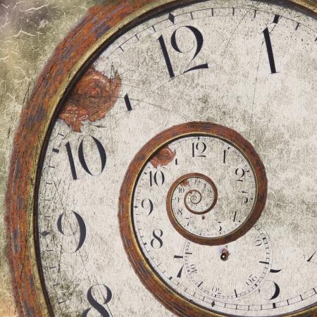 Photo pour Close-up of a vintage Rusty clock swirl - image libre de droit