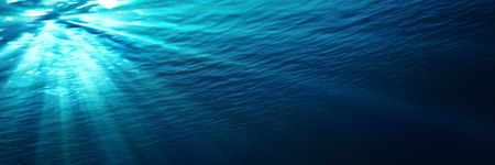 Photo pour underwater  blue shining in deep of the sea - image libre de droit