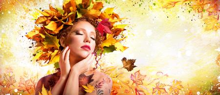 Photo pour Fashion Art in Autumn - Artistic Makeup With Hairstyle Nature - image libre de droit
