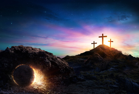 Foto de Resurrection - Tomb Empty With Crucifixion At Sunrise - Imagen libre de derechos