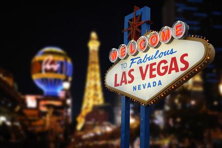 Photo pour Welcome to Fabulous Las Vegas Neon Sign - image libre de droit