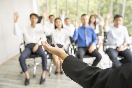 Photo pour entrepreneurs or  manager teach and meeting to employee and discussion for business. - image libre de droit