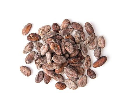 Foto de Pile of cocoa beans isolated on white background - Imagen libre de derechos