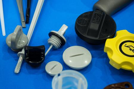 Photo pour high precision aluminium rubber and plastic automotive part manufacturing by casting and machining - image libre de droit