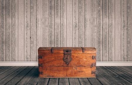 Photo pour Old wooden chest with closed lit - image libre de droit