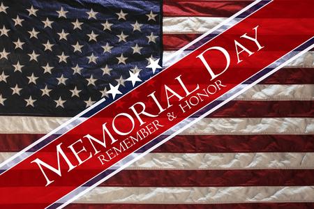 Photo pour American flag Memorial day - image libre de droit
