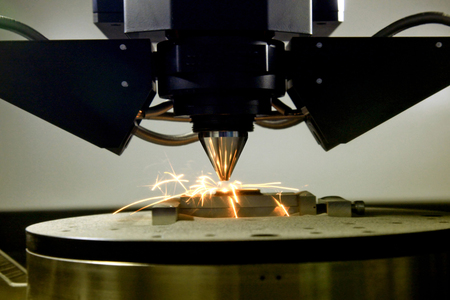 Photo pour detail of 3d printer printing a metal piece - image libre de droit