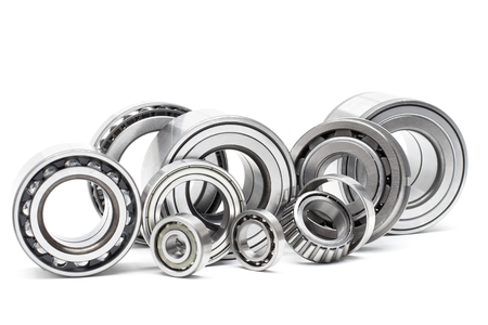 Foto de Group bearings and rollers (automobile components) for the engine and chassis suspension - Imagen libre de derechos