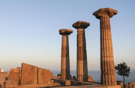 Photo pour Assos, Canakkale, Turkey - image libre de droit