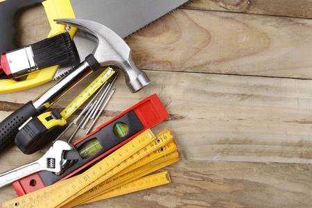 Foto de Assorted work tools on wood - Imagen libre de derechos