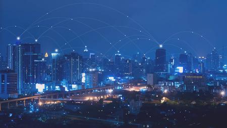 Foto de City with connected line, internet of things conceptual - Imagen libre de derechos