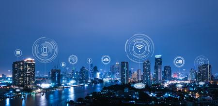 Foto de Cityscape with connecting dot technology of smart city conceptual - Imagen libre de derechos
