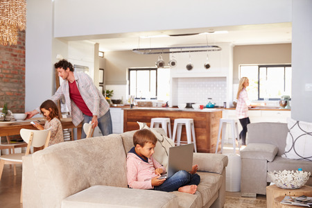 Photo pour Family spending time together at home - image libre de droit