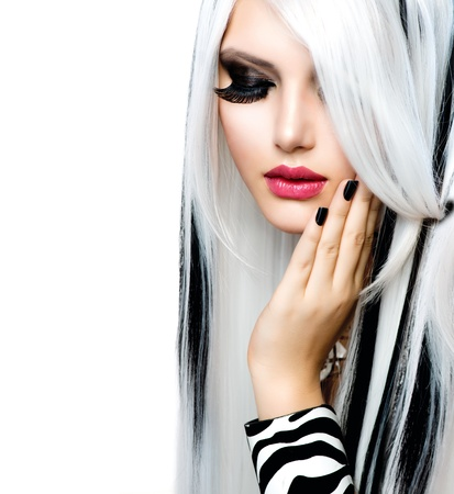 Photo pour Beauty Fashion Girl black and white style  Long White Hair  - image libre de droit