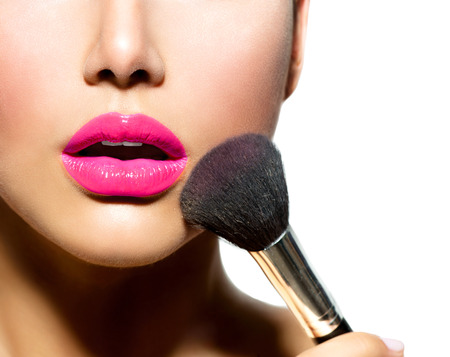 Photo pour Make-up Applying closeup  Cosmetic Powder Brush for Make up  - image libre de droit