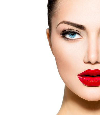 Photo pour Beauty Portrait  Professional Makeup for Brunette with Blue eyes - image libre de droit