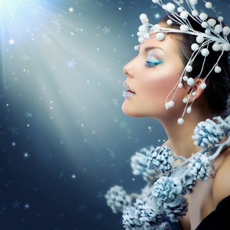 Foto de Winter Beauty Woman  Christmas Girl Makeup - Imagen libre de derechos