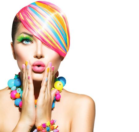 Photo pour Beauty Woman with Colorful Makeup, Hair, Nails and Accessories - image libre de droit