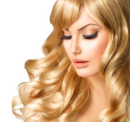 Photo pour Blonde Woman Portrait  Beautiful girl with long curly blond hair - image libre de droit