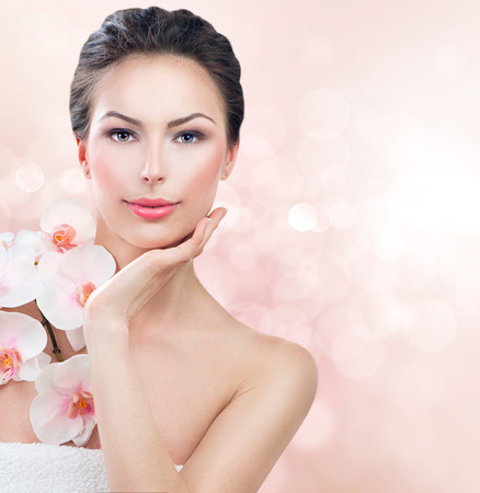 Photo pour Spa woman with fresh skin  Beauty girl touching her face - image libre de droit