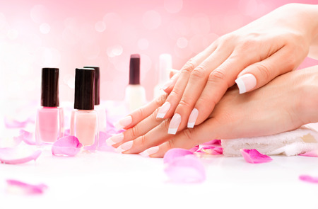 Photo pour Manicure and Hands Spa  Beautiful Woman Hands Closeup - image libre de droit