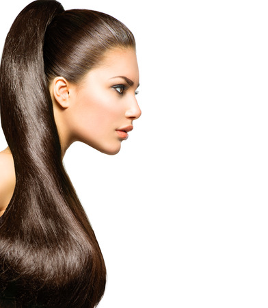 Photo pour Ponytail Hairstyle  Beauty with Long Healthy Straight Brown Hair - image libre de droit