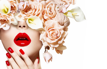 Photo pour Vogue style model girl face with roses  Red Sexy Lips and Nails - image libre de droit