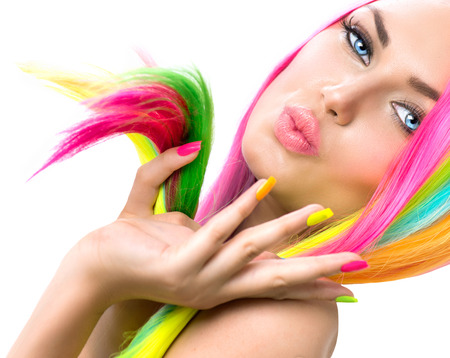 Photo pour Beauty Girl Portrait with Colorful Makeup, Hair and Nail polish - image libre de droit