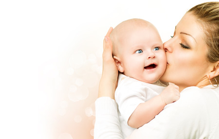 Photo pour Mother and baby kissing and hugging  Mom with her child - image libre de droit