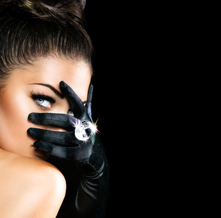 Photo pour Vintage Style Mysterious Woman Wearing Black Gloves - image libre de droit