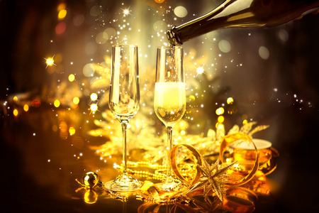 Photo pour New Year celebration with champagne - image libre de droit