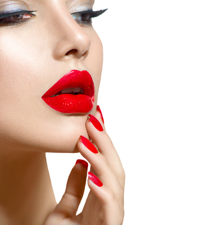 Photo pour Beauty model girl with red sexy lips and nails closeup. Manicure and makeup - image libre de droit