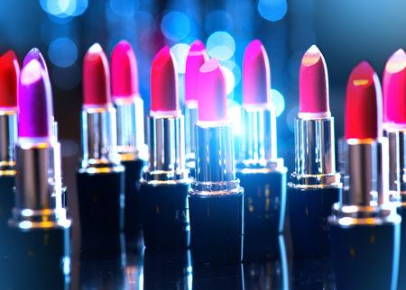 Photo pour Fashion colorful lipsticks. Professional makeup and beauty - image libre de droit